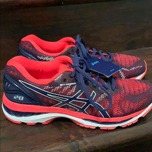 NWOB ASICS Pink Navy Gel Nimbus Running Shoes 9